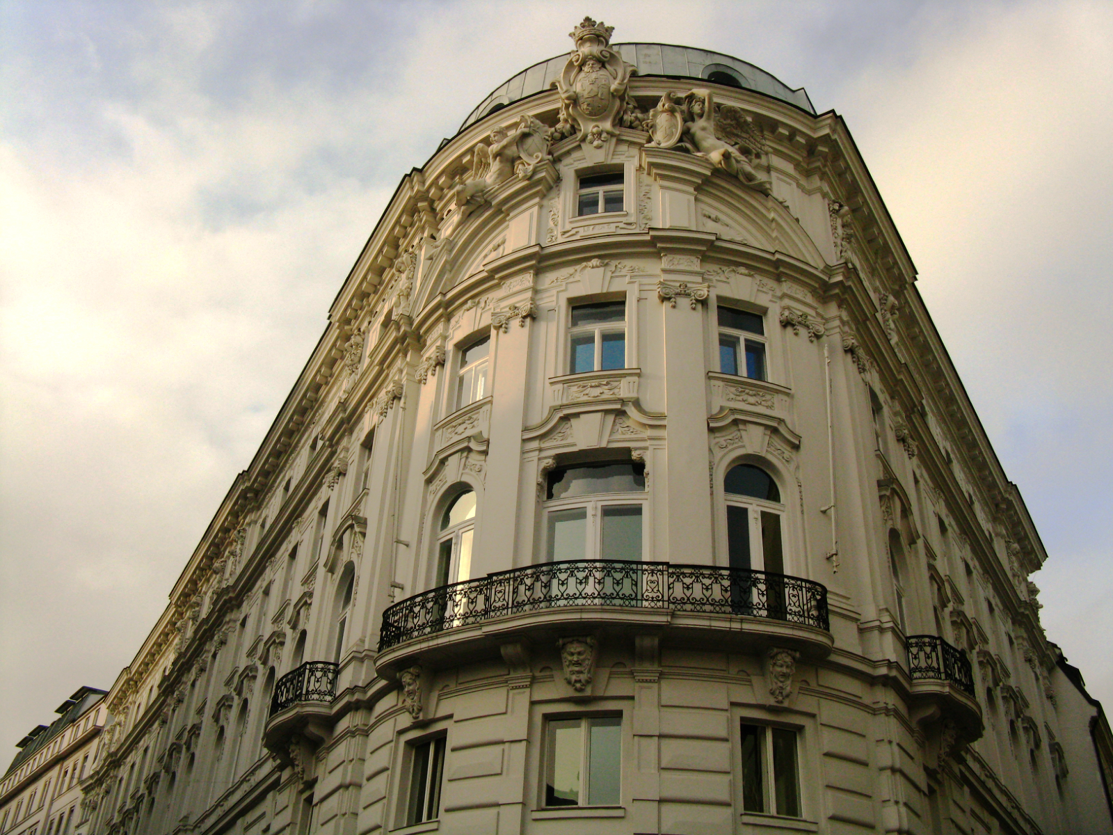 Vienna's grandiose buildings
