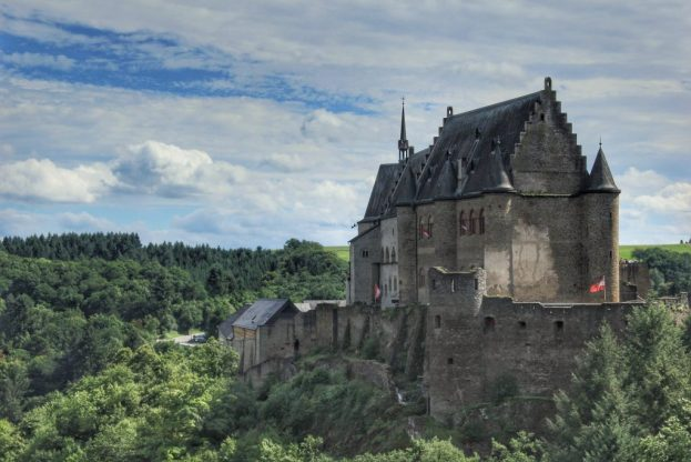 Day trips from Luxembourg City: Vianden and its Stunning Medieval Castle