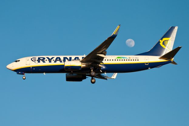 5 reasons why i'm done with flying ryanair featured